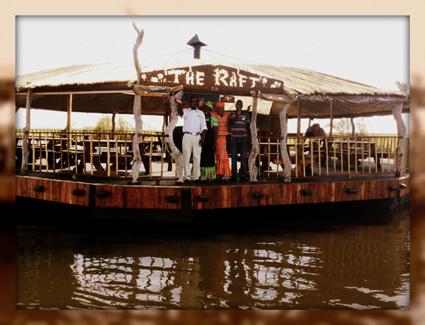 raft_floating_restaurant_Chobe_Botswana